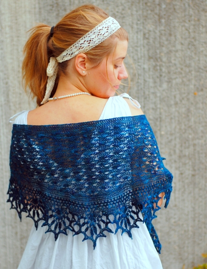 Kornblomst Shawl by Martha Simonsen